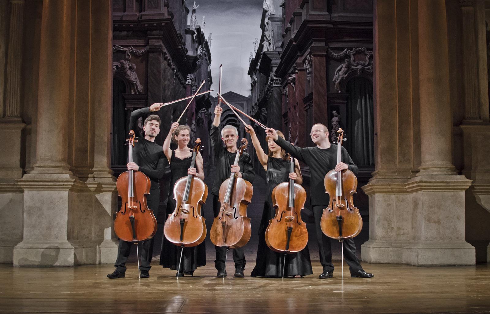 GIOVANNI SOLLIMA all' OLIMPICO di Vicenza tra classica e rock