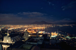1384989070-naples_at_night_by_inviv0-d5snya0